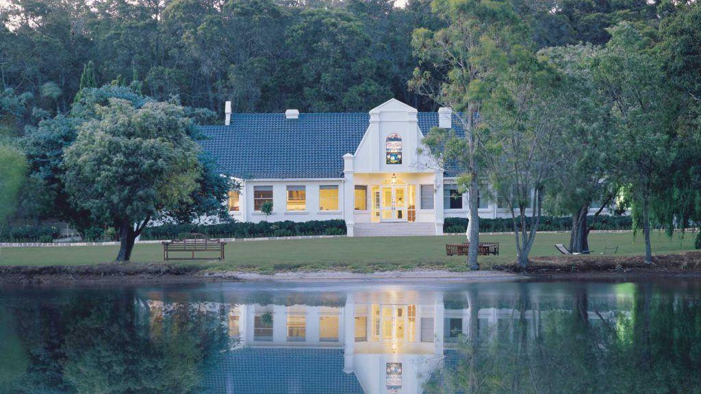 Cape Lodge.