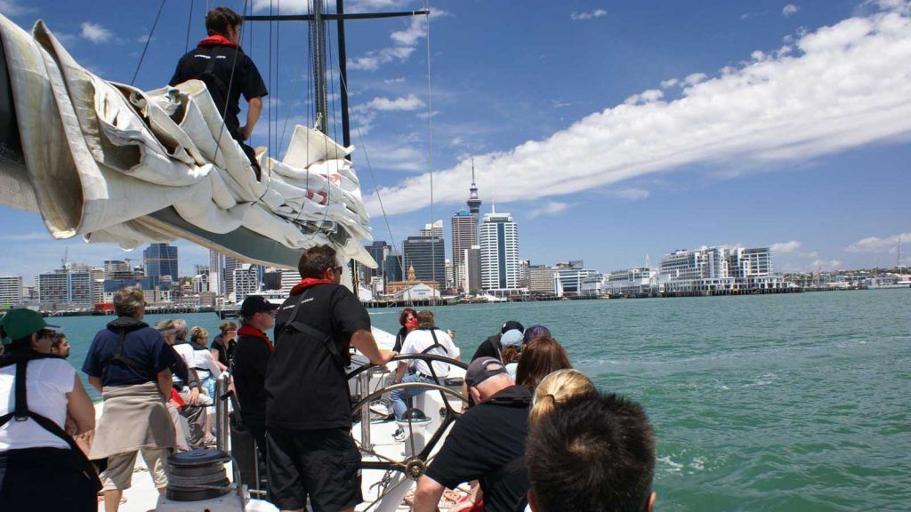 America's cup Sailing i Auckland.