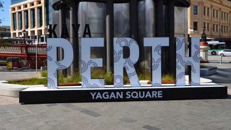 Bli med på en guidet byvandring i Perth